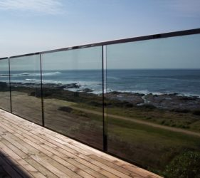 glass balcony balustrades Melbourne